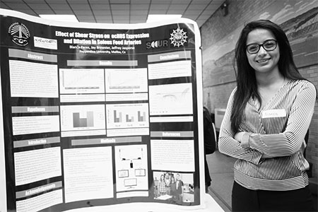student showing research